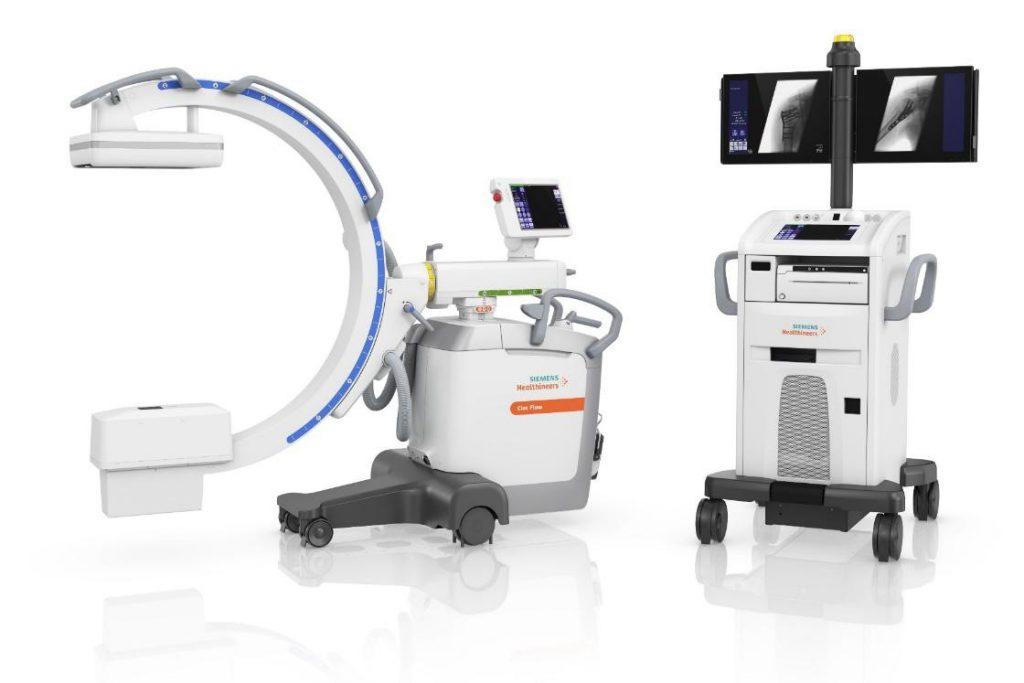 Cアーム型透視装置と呼ばれるレントゲン装置